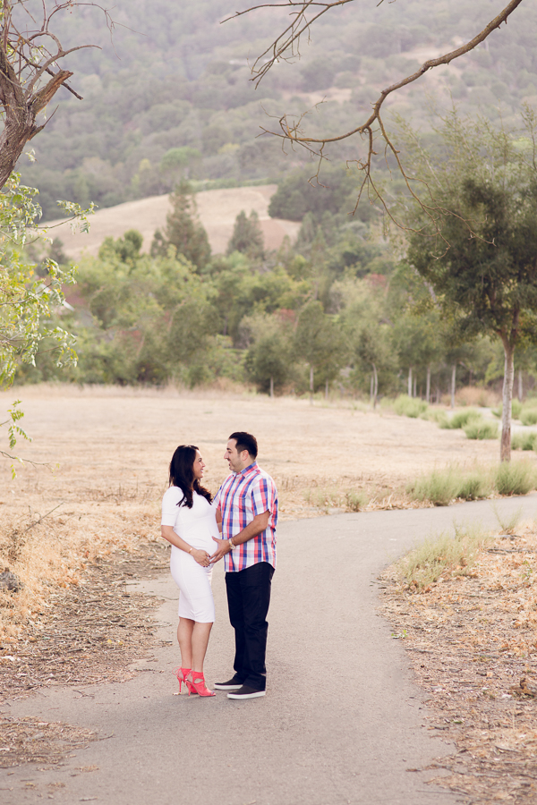 Maternity Photography Oakland Bay Area couple posing in park